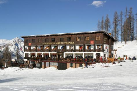 sciare con i bambini via lattea sauze doulx hotel triplex direttamente sulle piste