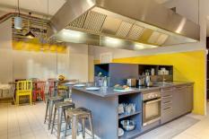 milano con i bambini - meininger hotel cucina