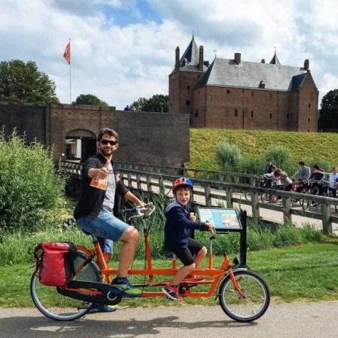 viaggi gruppo famiglie bambini olanda in bicicletta