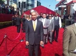 Shaka Smart on the red carpet.
