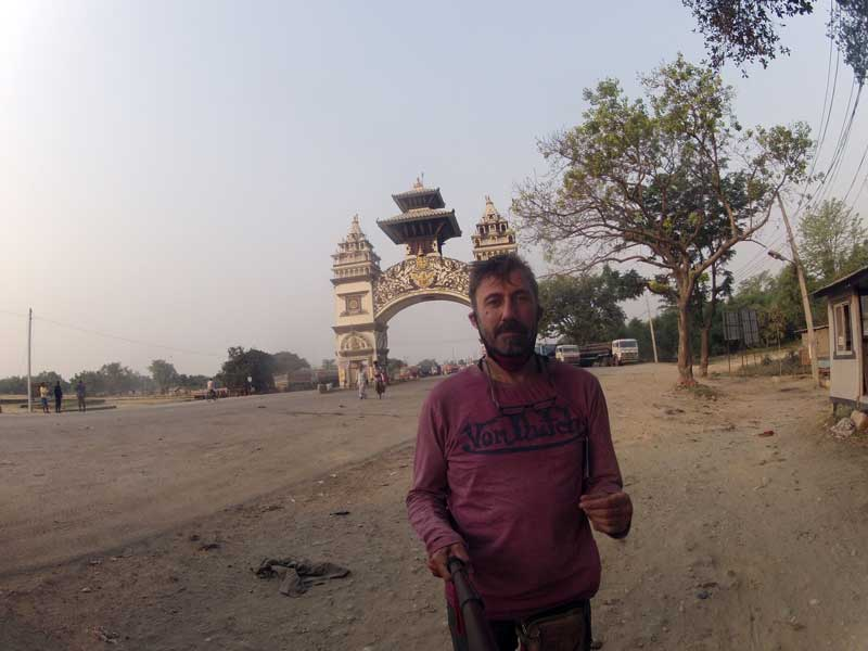 On the Royal Enfield Bullet 500cc Machismo Nepal Border