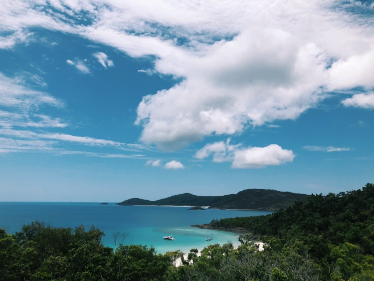 Image shows the view of Whitehaven beach on Whitsunday Island.