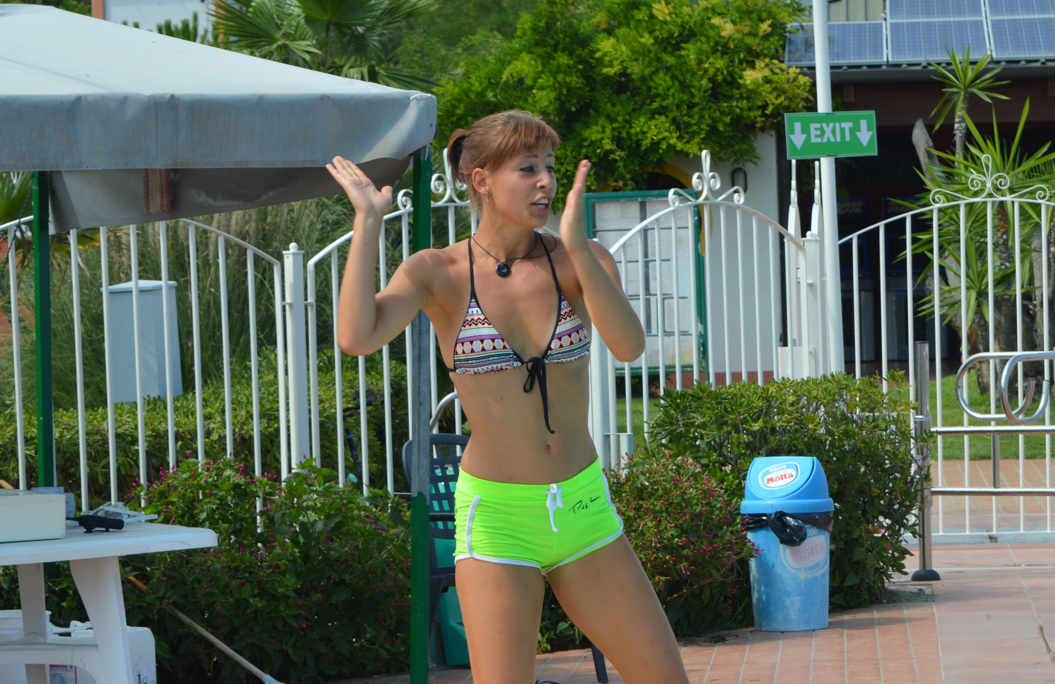Lucy fronting the Aqua Aerobics at Spiaggia e Mare Holiday Park in Italy