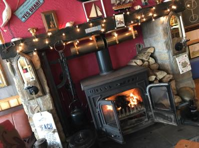 Turf and wood fire at the Gaslight Inn, Rossnowlagh