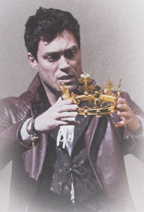 Henry V, Shakespeare, London, Alex Hassell, Barbican Theater