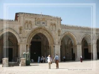 Masjid Al Aqsa in Jerusalem - Palastine (entrance)
