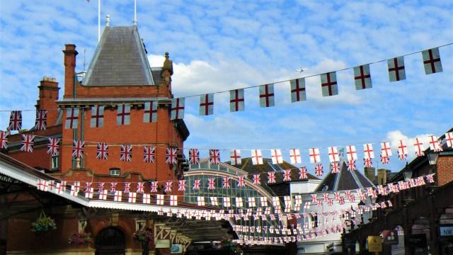 windsor drapeaux reine uk angleterre blog voyage arpenter le chemin