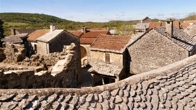 Couvertoirade Aveyron toits 2