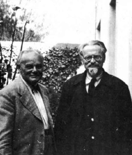 Ruhle_Trotsky