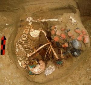 mayan-sacrifice-chamber-burial2