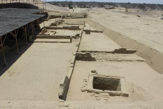 huaca-bandera-excavaciones-2013-2