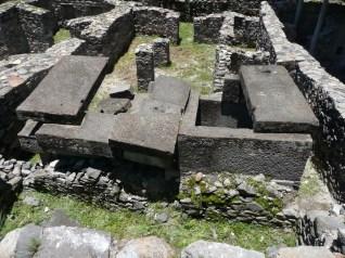 tumba-en-complejo-arqueologico-wari-Ayacucho-1