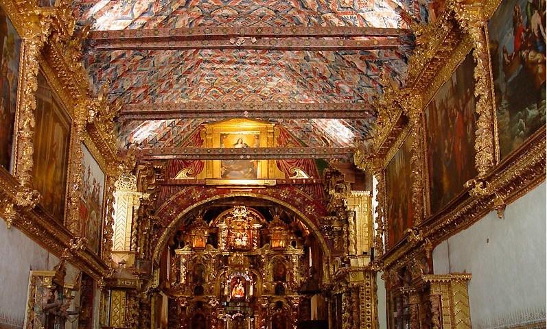 Andahuaylillas, belleza de arquitectura virreynal