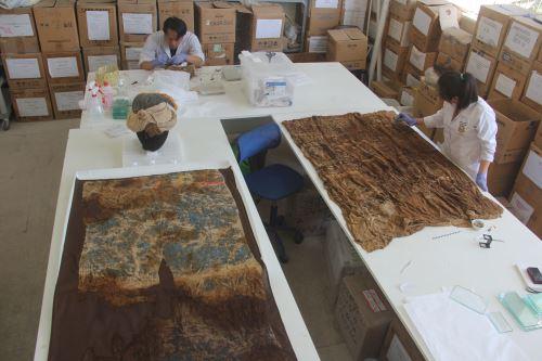 Gabriel Prieto destacó que el textil prehispánico presenta diseños de divinidades Chimú.