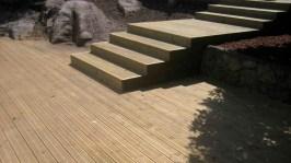 francon-005-maleza-peldanos-madera-rocas-playa-naturaleza-bueno