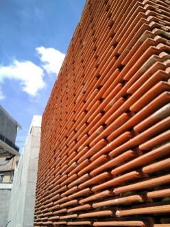 muro-palomero-tejar-celosia-vivienda-moana-vigo-teja-apilada-estudio-arquitectura-arquitecto-curras-torres