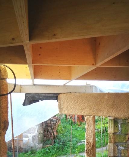 rehabilitacion-moana-casa-arquitectos-obra-estudio-de-arquitectura-vigo-piedra-madera