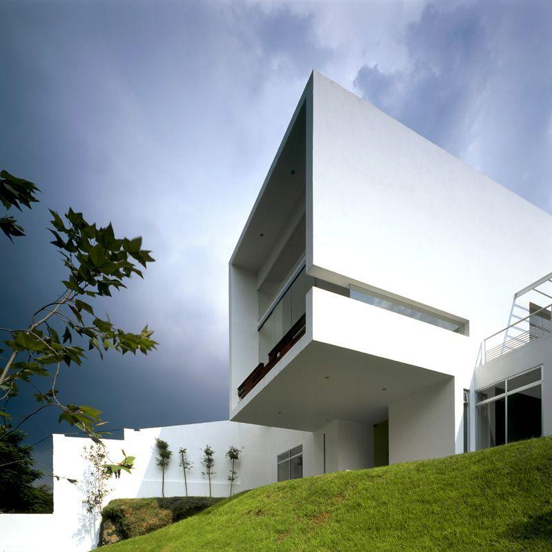 Casa Tierra Apartments: Casa Cubo / Agraz Arquitectos