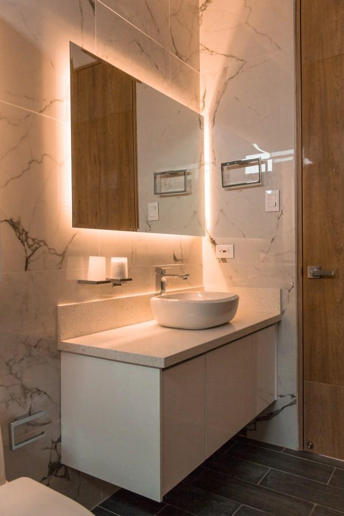 Diseño de espejo apra baños