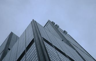 1024px-Willis_Tower_skyboxes