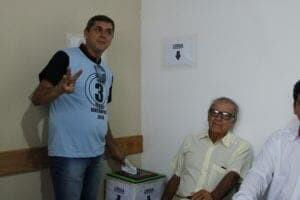 Bagé e Adilson farão o 2º turno na eleição do Sintraport 5