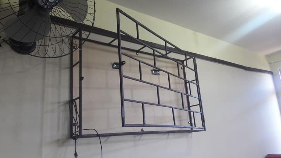 Escola municipal, no Jardim Samambaia, é arrombada e tem televisão furtada 3