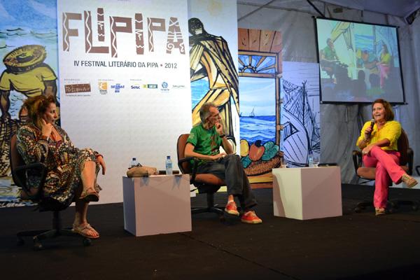 Joyce Pascowitch, Tácito Costa e Eliana Lima na abertura do Flipipa