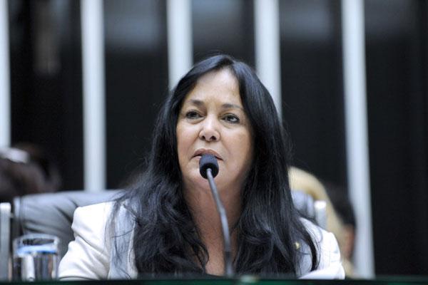 Deputada Rose de Feitas registrou a candidatura