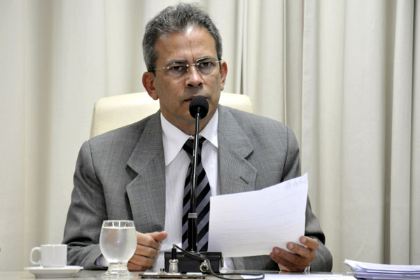 CCJ vai analisar legibilidade do pedido de impeachment