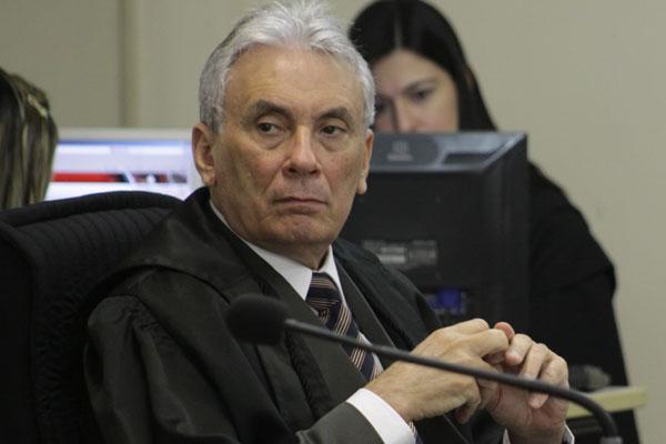 Desembargador Vivaldo Pinheiro expediu decisão na segunda-feira e não cabe mais recurso ao Estado