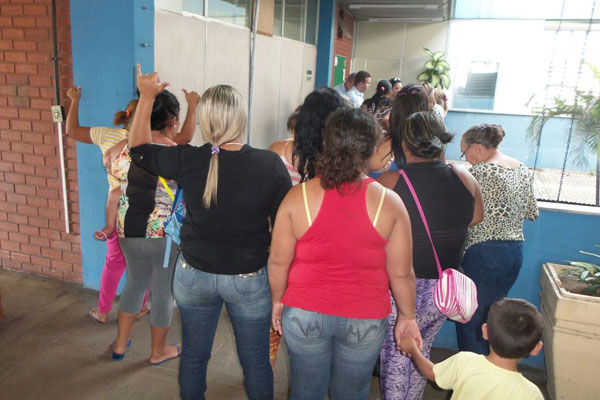 Mulheres dos presos estiveram na sede da Sejuc
