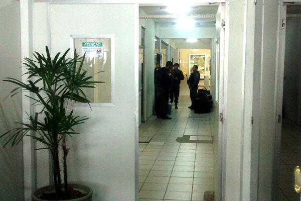 Policiais recolheram material dentro do Idema