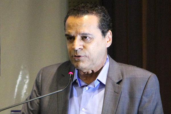 Henrique Alves destaca que regulamentação é avanço para o setor