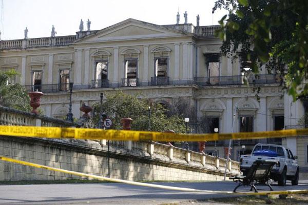 12ª Primavera dos Museus iniciou nesta segunda-feira (17) após duas semanas do Museu Nacional ter perdido 90% do seu acervo