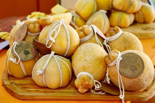 Variedades de queijos artesanais comprovam o nível da produção