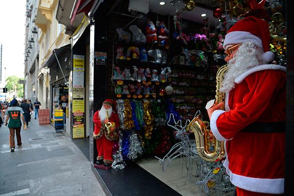 Vendas deverão movimentar R$ 34,5 bilhões puxadas pelos supermercados e lojas de roupas