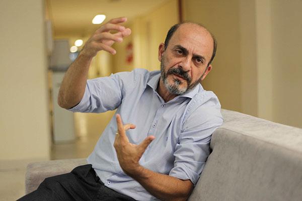 Antenor Roberto afirma que a governadora eleita não demoniza os partidos políticos