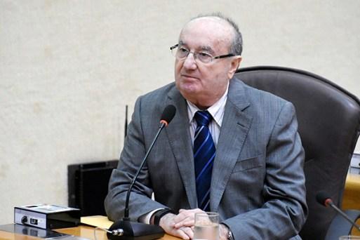 Deputado José Dias crítica escolha feita pelo atual governo de pagar salários de janeiro e fevereiro sem definir como vai quitar os atrasados