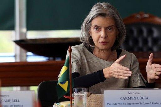 Ministra Carmem Lúcia manteve correção