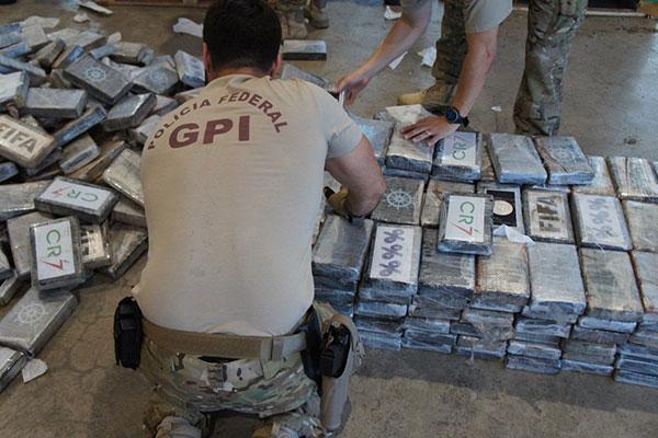 Última apreensão feita pela Polícia Federal no Porto de Natal totaliza agora 4,4 toneladas de cocaína apreendida em três meses de operação no local