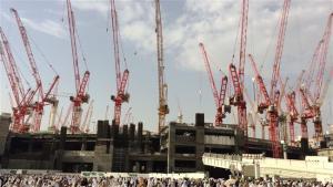 Crane_Kelilingi_Masjidil_Haram