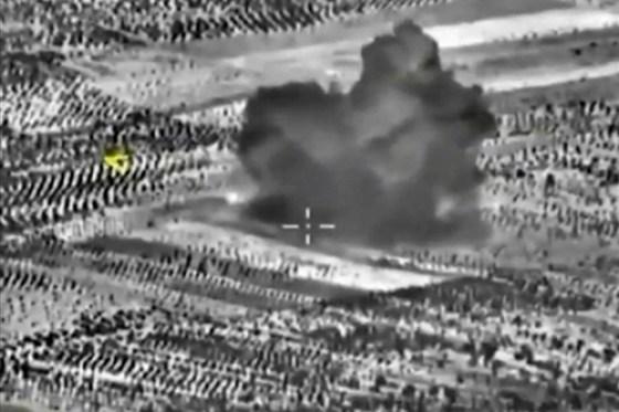 Bungker ISIS Di Bom Rusia