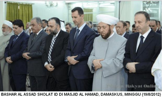 Bashar Assad Sholat