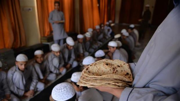Madrasah-di-Paskistan