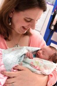 lynlee-boemer-bayi-perempuan-yang-dilahirkan-dua-kali-1