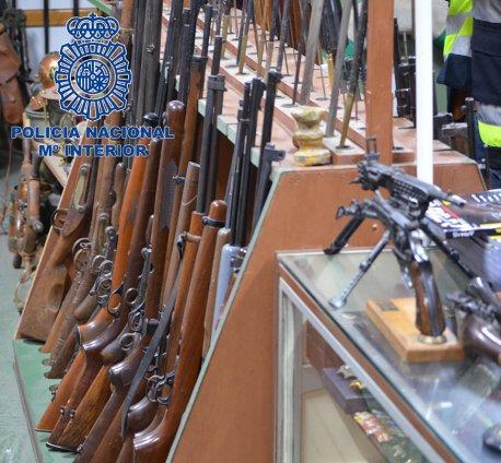 ribuan_senjata