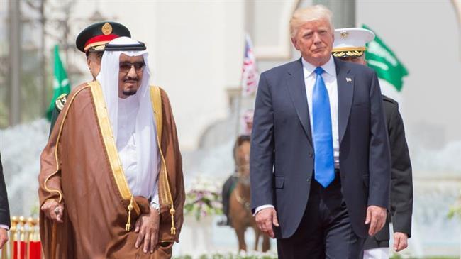 Trump Minta 4 Milyar Dolar dari Raja Salman untuk Operasi di Suriah