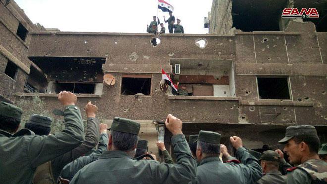 al-Hajar-al-Aswad-Yarmouk-Camp-national-flag-1