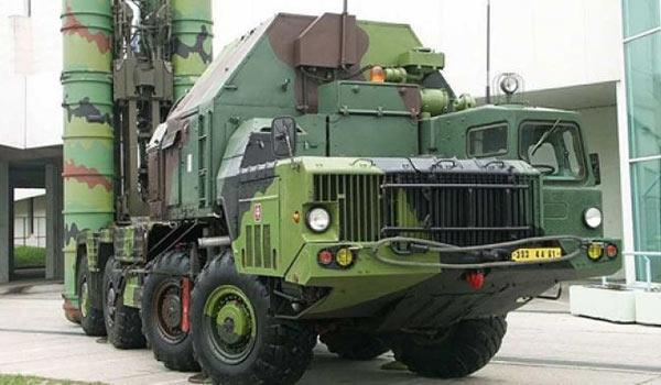 Spesialis Rusia Lengkapi Sistem S-300 Suriah untuk Operasi Lokal