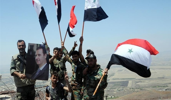 Tentara_Suriah_Berpose_dengan_Assad